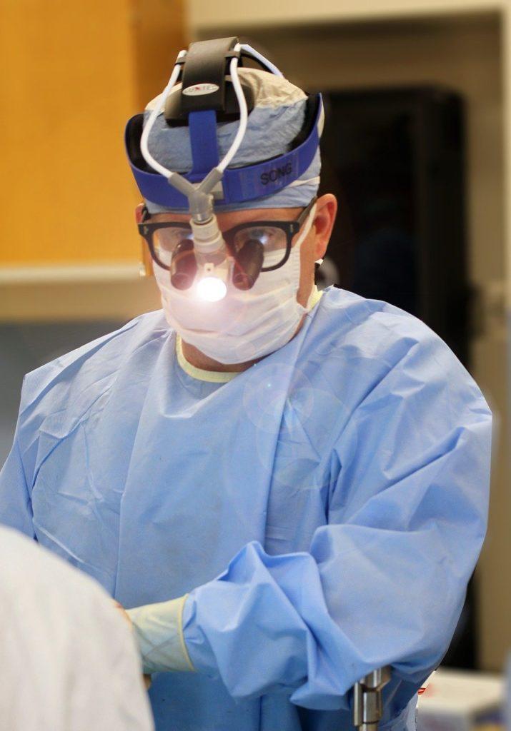 surgery, doctor, surgeon